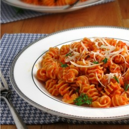 Roasted Red Pepper Pasta | alidaskitchen.com