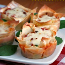 Spinach Lasagna Cups - www.alidaskitchen.com #recipes #SundaySupper