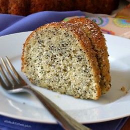 Lemon Poppy Seed Bundt Cake | alidaskitchen.com #recipes #bundtcakes #factsupfront #spon