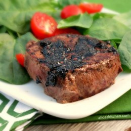 Balsamic Glazed Filet Mignon | alidaskitchen.com #recipes #WeekdaySupper