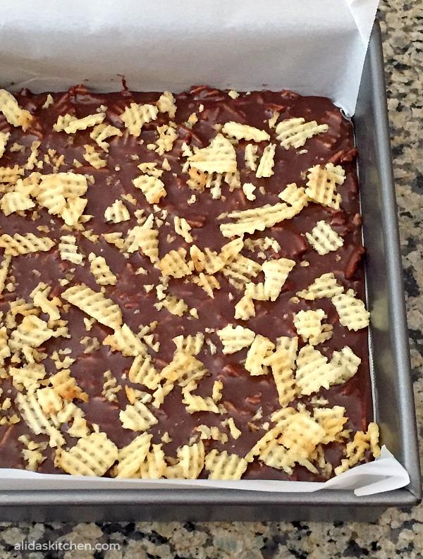 Potato Chip Fudge | alidaskitchen.com
