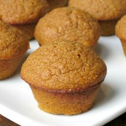 Pumpkin Cornbread Muffins | alidaskitchen.com