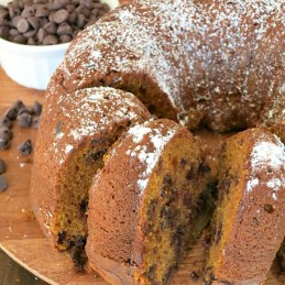 Pumpkin Chocolate Chip Bundt Cake | alidaskitchen.com