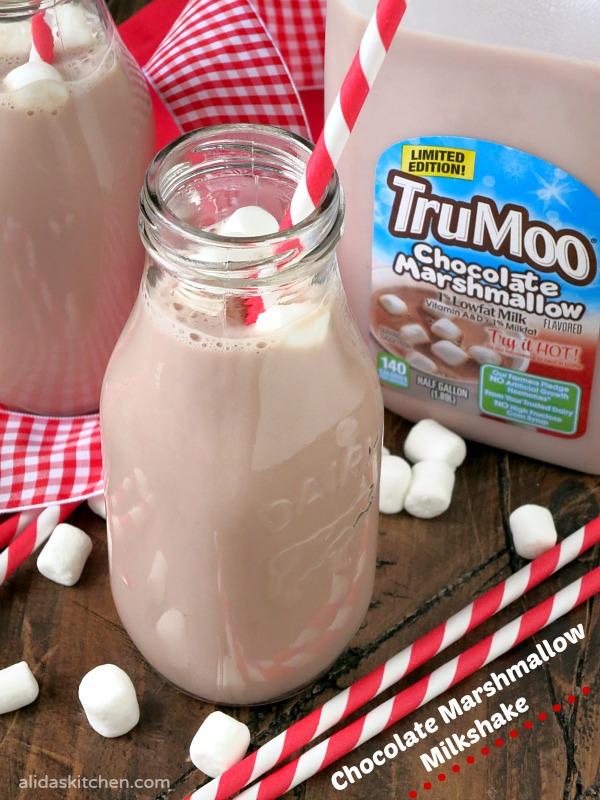 Chocolate Marshmallow Milkshake | alidaskitchen.com