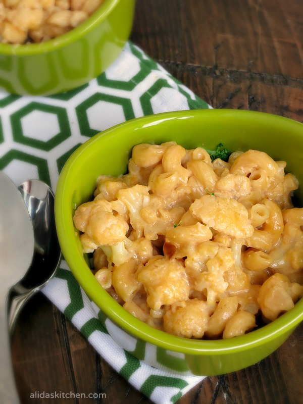 Stove Top Cauliflower Mac and Cheese | alidaskitchen.com