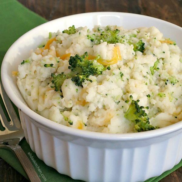 Broccoli Cheddar Mashed Potatoes | alidaskitchen.com